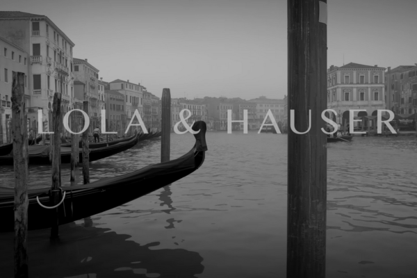 Venice -LoLa & Hauser - Love Story - YouTube